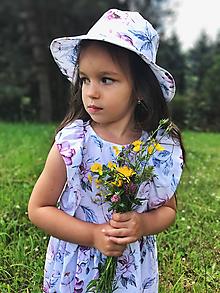 Detské súpravy - Šaty s klobúčikom - 12079980_