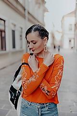 Tričká - oranžové tričko Sága krásy - 12079798_