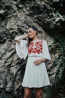 Šaty - krátke vyšívané šaty Sága krásy - 12079304_