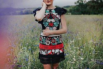 Šaty - krátke čierne vyšívané šaty Sága krásy - 12079549_