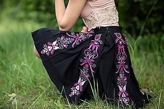 Sukne - vyšívaná sukňa Sága krásy - 12079747_