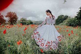 Šaty - biele vyšívané šaty Sága krásy - 12079916_