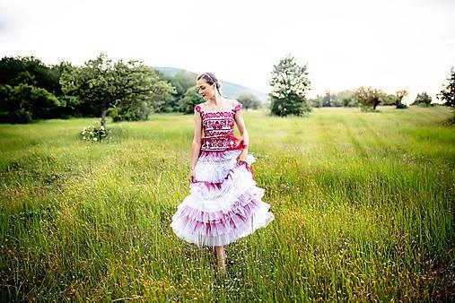 svadobné šaty Sága krásy