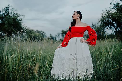 dlhá plisovaná sukňa Sága krásy