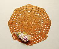 Úžitkový textil - Háčkovaná dečka Zlatý karamel - 12082971_