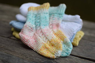 Topánočky - detské farebné s osmičkovým vzorom (v. 11cm) - 12083911_