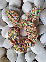 Ozdoby do vlasov - Scrunchies ušatá gumička trojuholníky - 12090126_