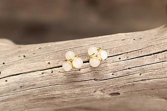 Náušnice - Náušnice napichovačky mesačný kameň - 12089502_