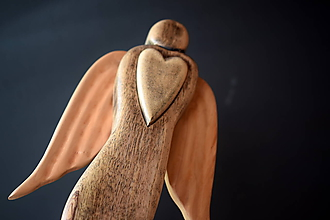 Dekorácie - Anjel so srdcom - 12094762_