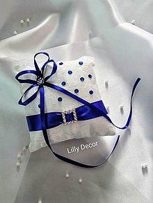 Prstene - Svadobný vankúšik na obrúčky kráľovská modrá - 12094798_