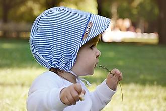 Detské čiapky - čepček 100% ľan pásik modrá s menom - 12094738_