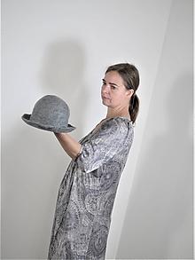 Čiapky - Šedý klobúk z Merino vlny - 12095930_
