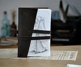 Papiernictvo - kožený zápisník PEREGRINATUR - 12094947_
