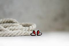 Náušnice - Napichovacie náušnice Srdcia linkové  (Čierno-červená) - 12096573_