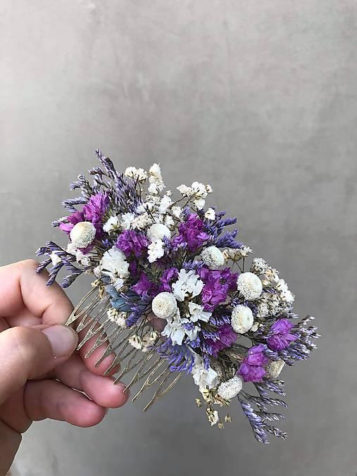 """Kvetinový hrebienok """"objatie pri stmievaní"""""""