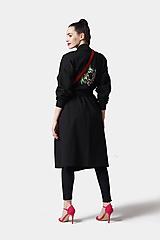 Kabáty - Teplákový kabátik čierny vyšívaný oversize - 12097886_