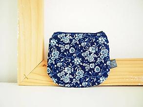Peňaženky - Peňaženka - kvietky v modrej - 12098944_