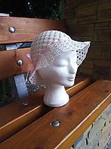 Detské čiapky - Dievčenský klobúčik - 12103820_