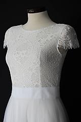 Šaty - Svadobné šaty z krajky v geometrickom motíve s tylovo sukňou - 12103450_