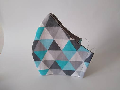 Dizajnové rúško trojuholníky modré tvarované dvojvrstvové