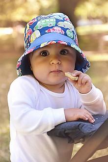 Detské čiapky - Letný širák autíčka - 12108362_