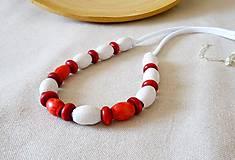 Náhrdelníky - Náhrdelník biela-červená - 12113510_