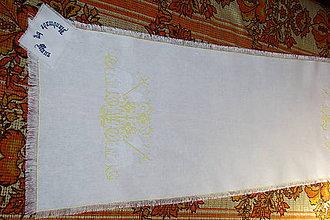 Úžitkový textil - Ručne vyšívaný ľanový obrus  žltobiely/ štóla / - 12112420_
