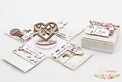 Papiernictvo - Svadobná darčeková krabička na peniaze - 12115340_