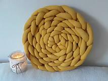Úžitkový textil - KNOT vankúšik medový - 12113938_