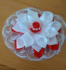 Ozdoby do vlasov - Kvet bielo červený - 12115643_