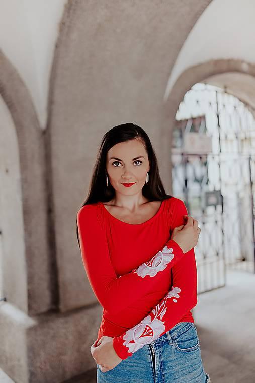 červené tričko Poľana