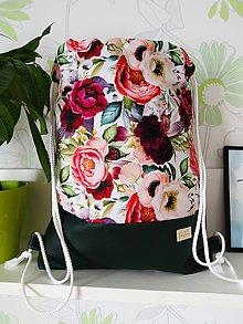 Batohy - Nepremokavý batoh kvetinový s tmavozelenou - 12122024_
