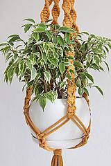 Dekorácie - makramé držiak na kvet horčicový - 12126612_