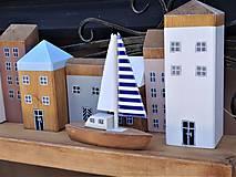 Dekorácie - Sada 8 domčekov s loďkou - 12125542_
