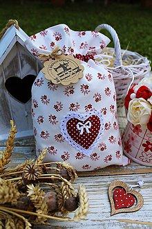 Úžitkový textil - Srdiečkové vrecúško - 12126776_
