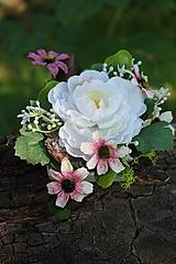Dekorácia - Biela pivonka
