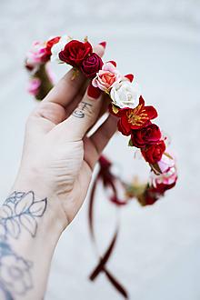 Ozdoby do vlasov - Červený kvetinový venček - VÝPREDAJ - 12126440_