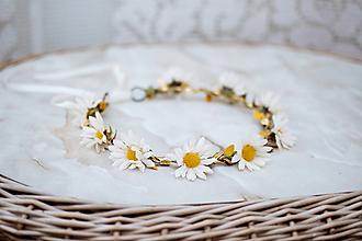 Ozdoby do vlasov - Béžový kvetinový venček Margarétky - VÝPREDAJ - 12126479_