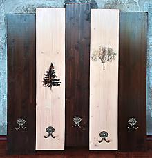 Nábytok - Vešiak dekorovaný stromy - 12125797_