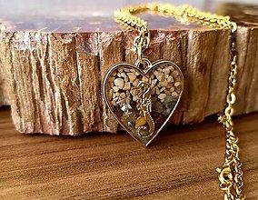 Náhrdelníky - Srdiečkový náhrdelník s morským koníkom, chirurgická oceľ - 12127309_