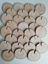 Drevené plátky (s prasklinou, priemer  5,8 - 6,2 cm)