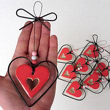 Dekorácie - Srdeční záležitosti -srdíčko z lásky dané - 12131842_