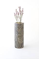 Dekorácie - Váza s geometrickým ornamentom - 12131804_