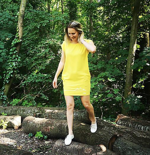 Šaty rovný strih M15-hory žltá