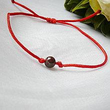 Náramky - Makramé náramok- granát - 12138052_