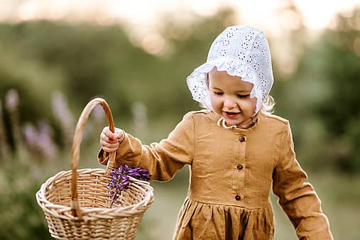 Detské čiapky - Baby čepiec Madeira volánik kvety - 12135744_