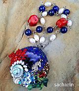 Náhrdelníky - Morské čaro-vyšívaný náhrdelník - 12137134_