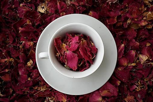 Čaj z lupienkov ruží