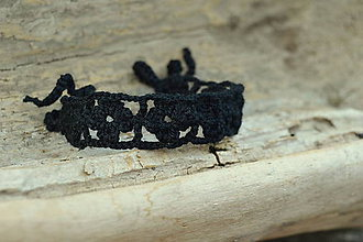 Náramky - * Háčkovaný náramok * (Čierna) - 12141390_