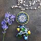 Vesna- vyšívaný perlový náhrdelník